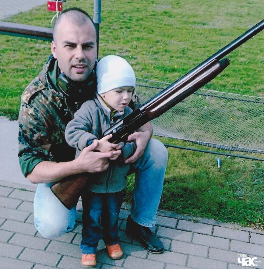 Віктар Мароз разам з сынам