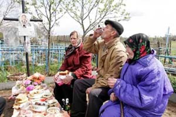 Кладбища отселенных деревень можно посетить без пропусков уже в преддверии Радуницы